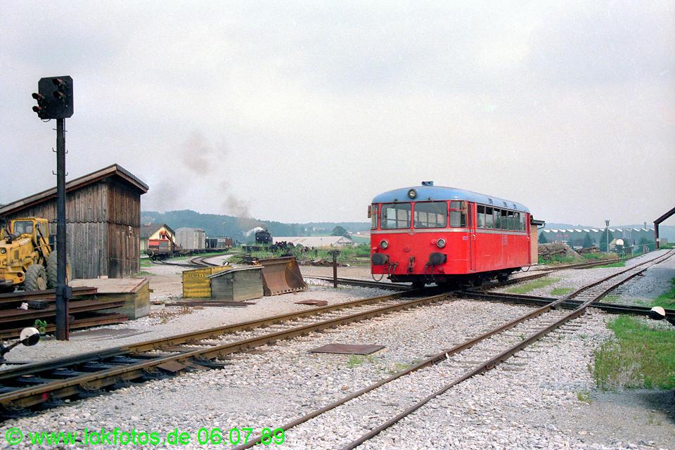 http://www.lokfotos.de/fotos/1989/0706/09562.jpg