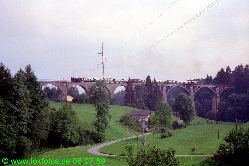 http://www.lokfotos.de/fotos/1989/0706/09565.jpg