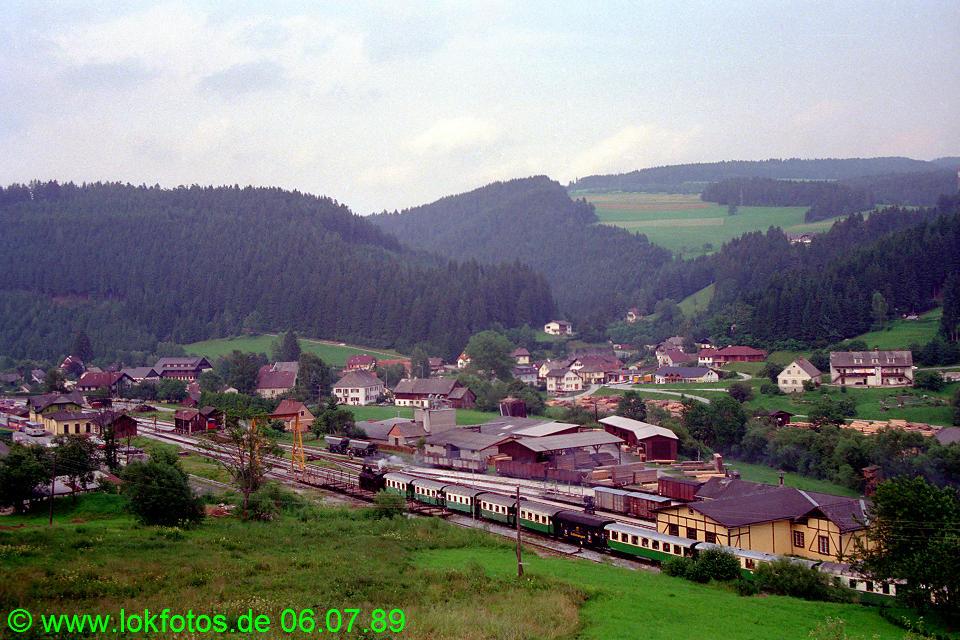 http://www.lokfotos.de/fotos/1989/0706/09571.jpg