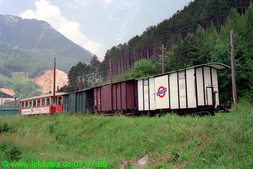 http://www.lokfotos.de/fotos/1989/0707/09579.jpg