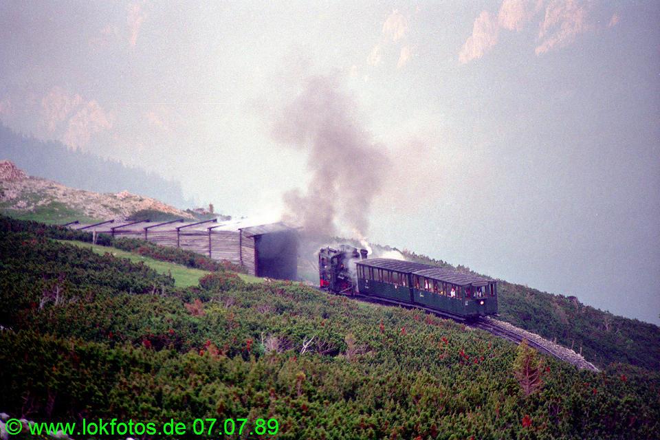http://www.lokfotos.de/fotos/1989/0707/09601.jpg