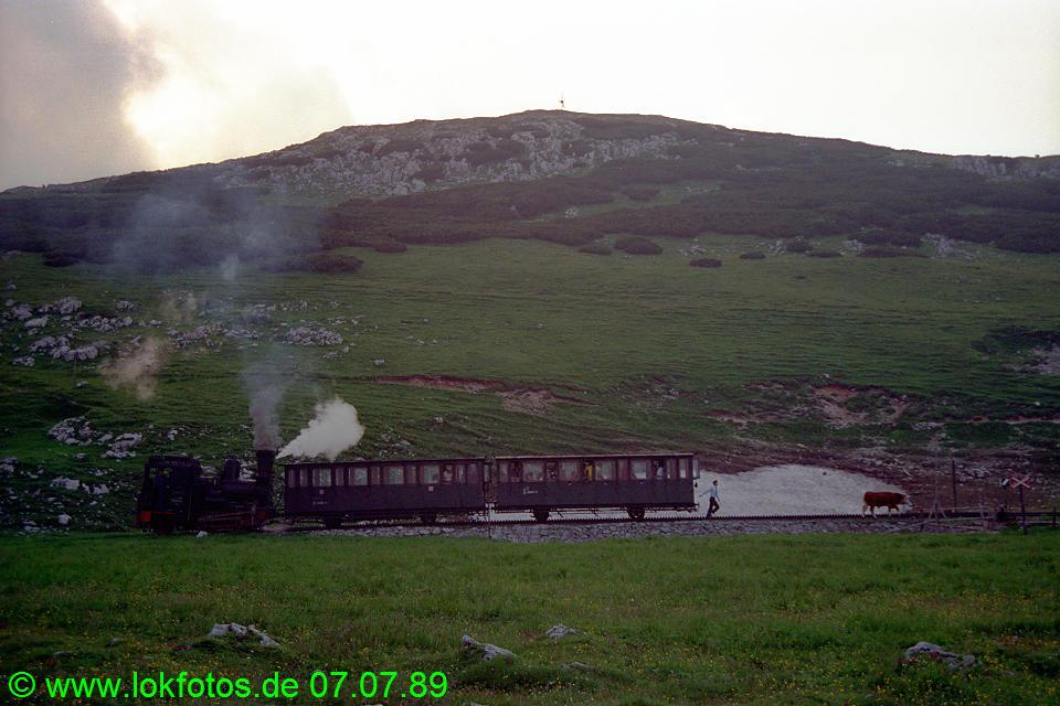 http://www.lokfotos.de/fotos/1989/0707/09604.jpg