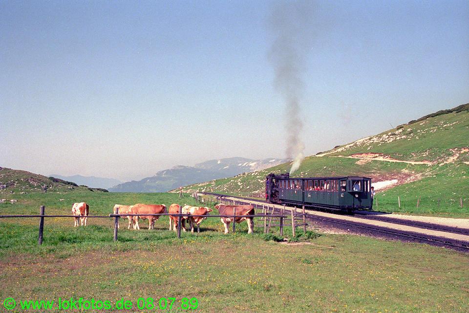 http://www.lokfotos.de/fotos/1989/0708/09605.jpg