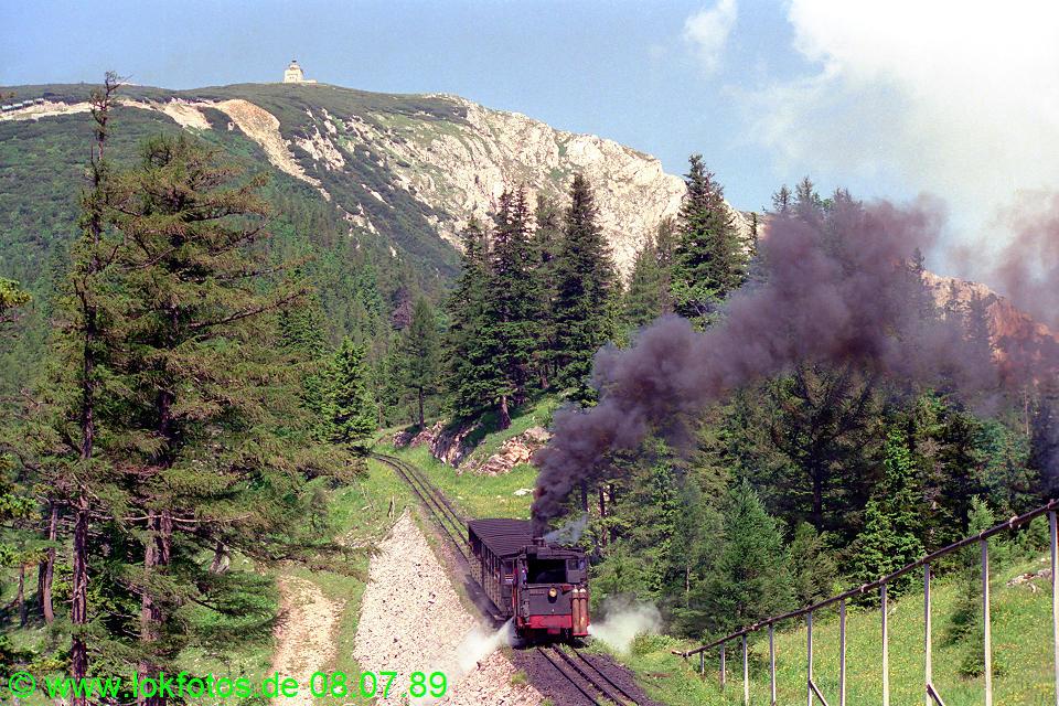 http://www.lokfotos.de/fotos/1989/0708/09611.jpg