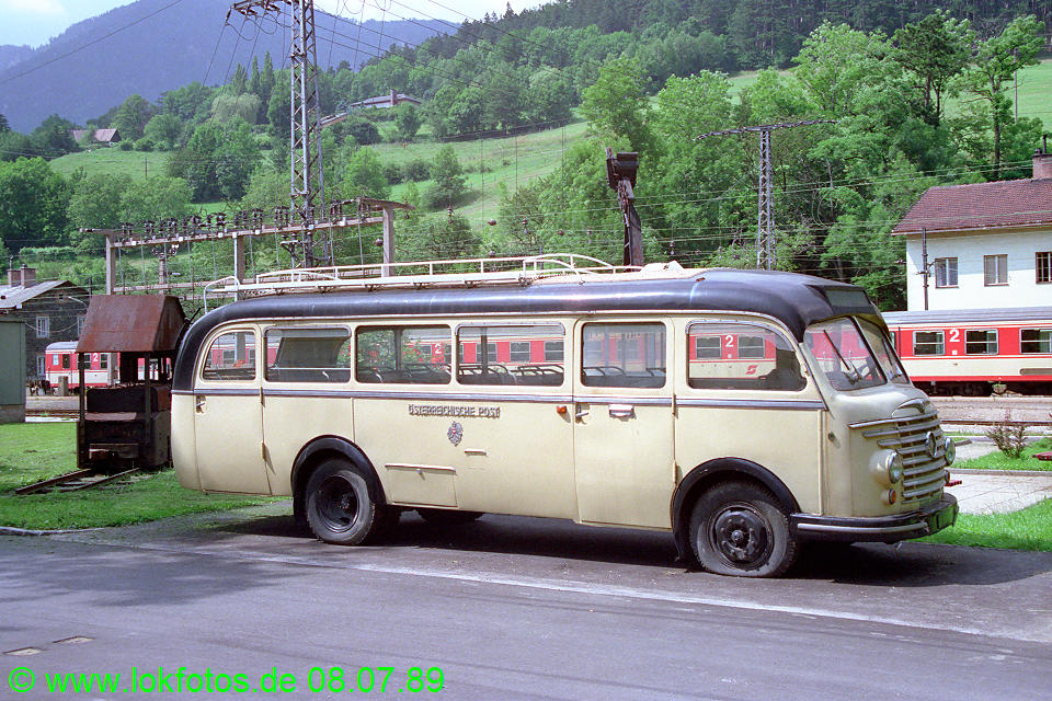 http://www.lokfotos.de/fotos/1989/0708/09622.jpg