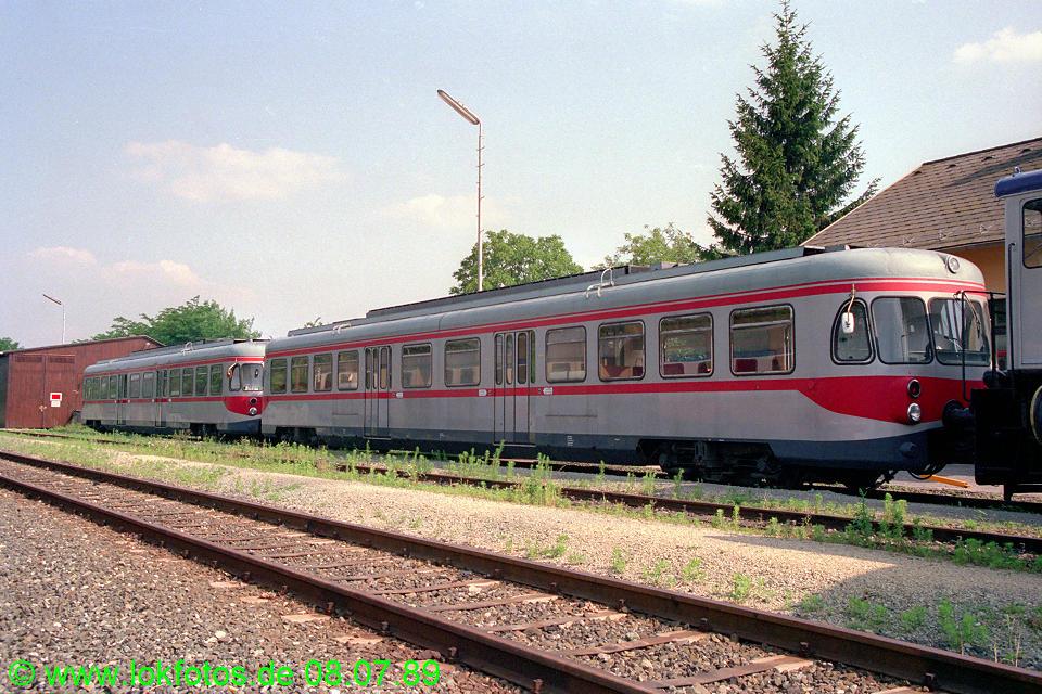 http://www.lokfotos.de/fotos/1989/0708/09629.jpg
