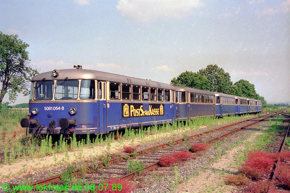 http://www.lokfotos.de/fotos/1989/0708/09630.jpg