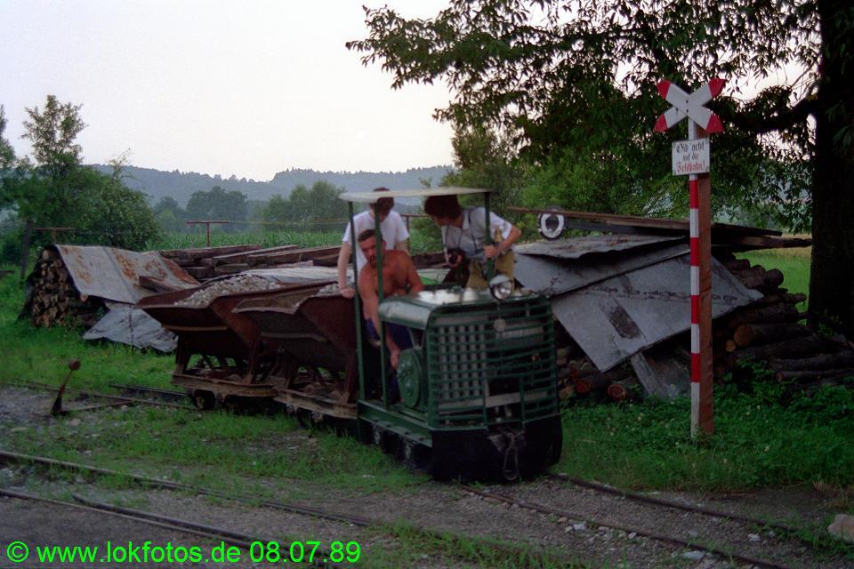 http://www.lokfotos.de/fotos/1989/0708/09634.jpg