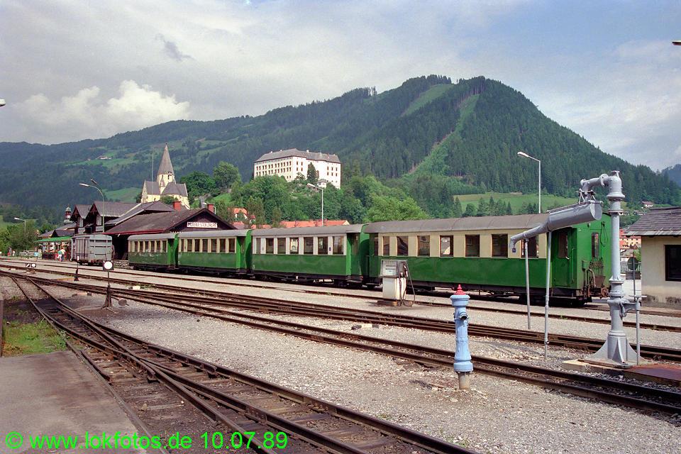 http://www.lokfotos.de/fotos/1989/0710/09655.jpg
