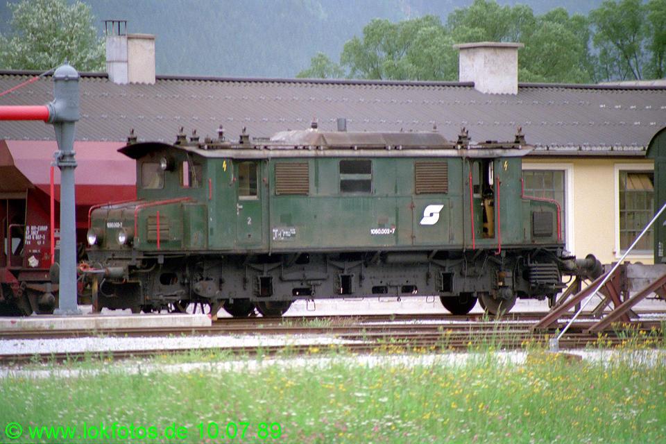 http://www.lokfotos.de/fotos/1989/0710/09696.jpg