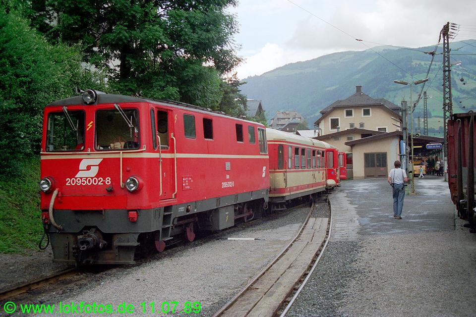 http://www.lokfotos.de/fotos/1989/0711/09706.jpg