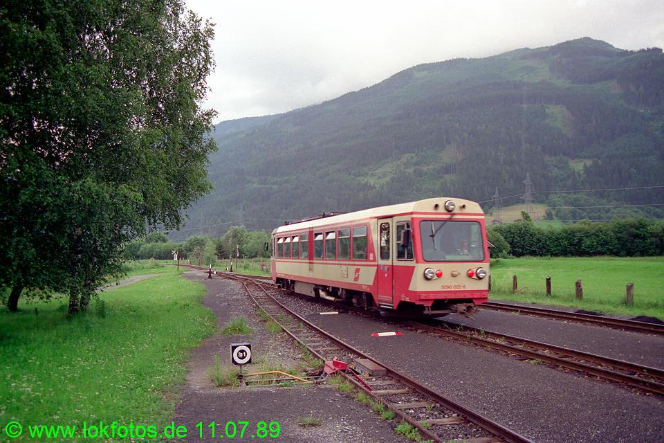 http://www.lokfotos.de/fotos/1989/0711/09712.jpg