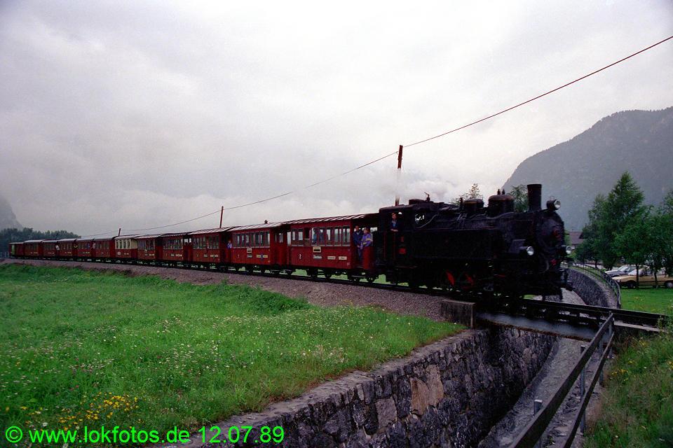 http://www.lokfotos.de/fotos/1989/0712/09722.jpg