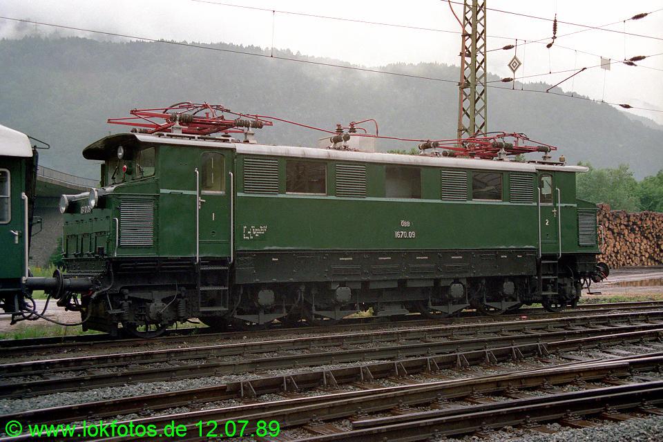 http://www.lokfotos.de/fotos/1989/0712/09723.jpg