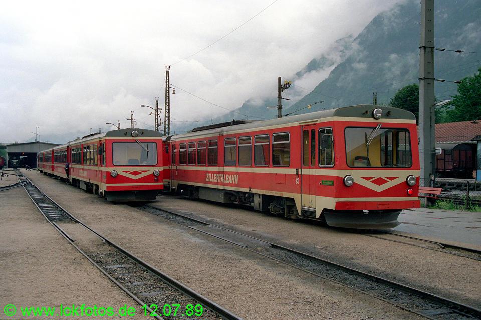 http://www.lokfotos.de/fotos/1989/0712/09732.jpg