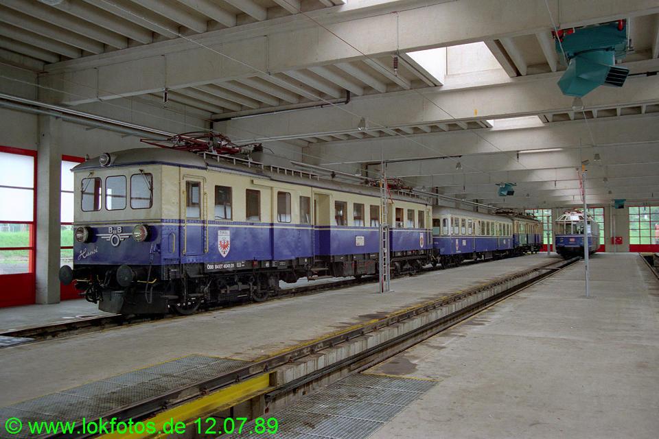http://www.lokfotos.de/fotos/1989/0712/09750.jpg