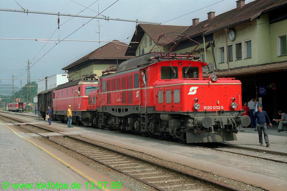 http://www.lokfotos.de/fotos/1989/0713/09772.jpg