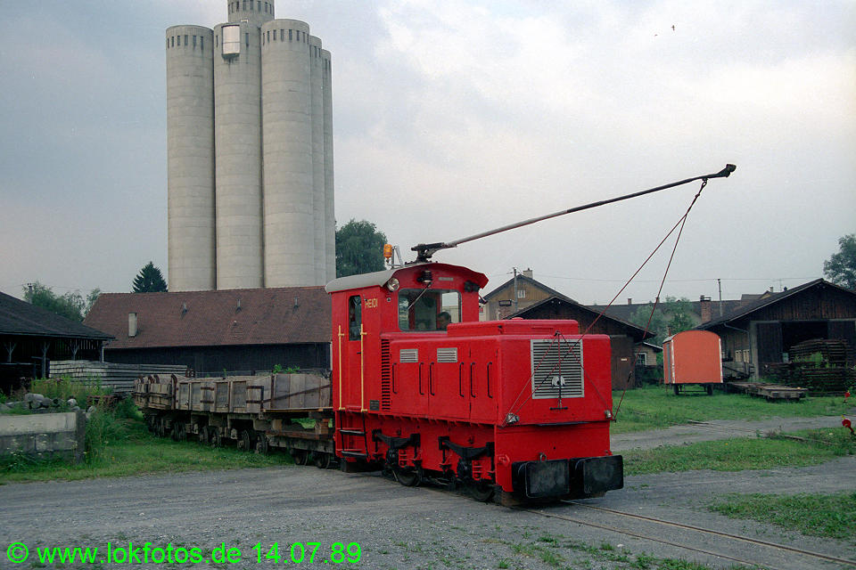 http://www.lokfotos.de/fotos/1989/0714/09794.jpg