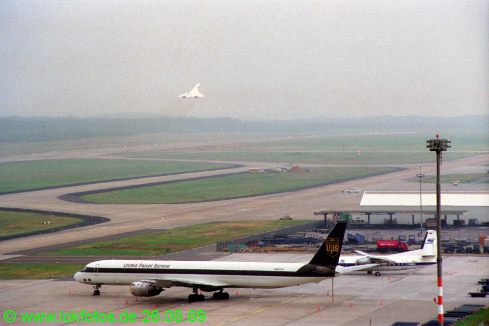 http://www.lokfotos.de/fotos/1989/0826/cc018.jpg