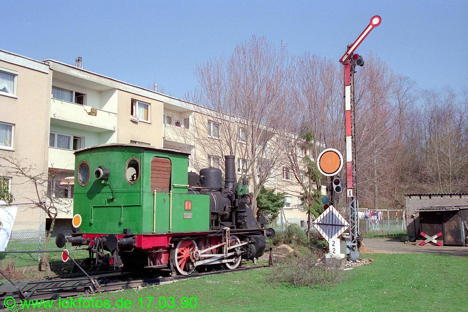 http://www.lokfotos.de/fotos/1990/0317/10051.jpg