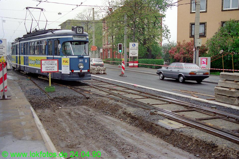 http://www.lokfotos.de/fotos/1990/0424/10074.jpg