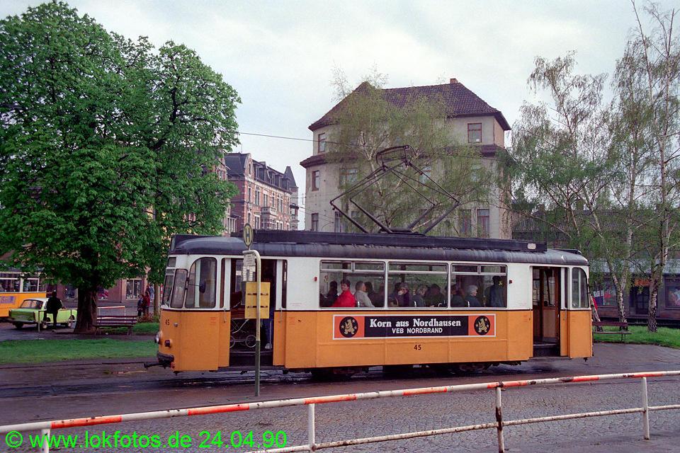 http://www.lokfotos.de/fotos/1990/0424/10104.jpg