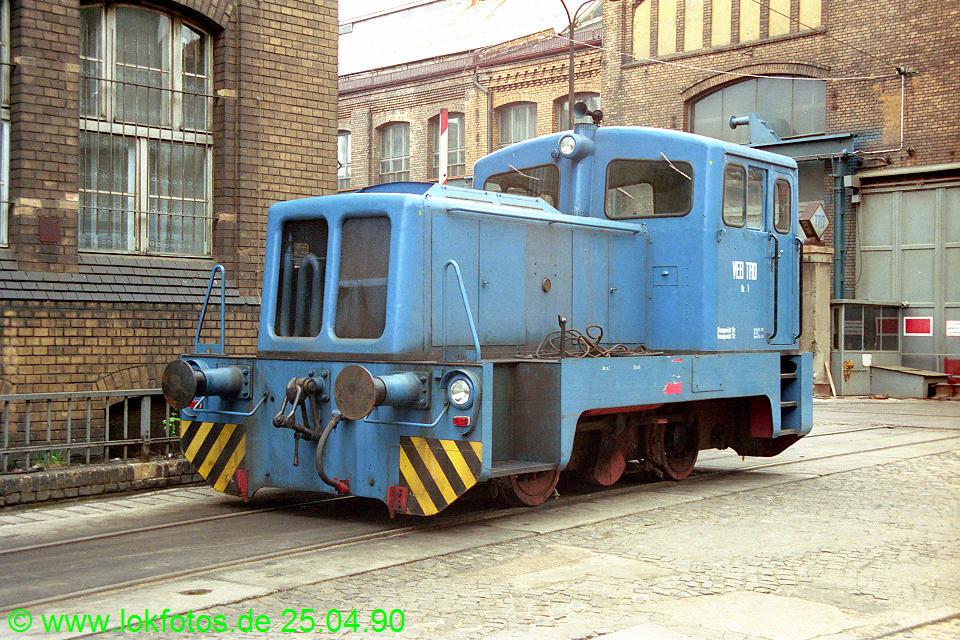 http://www.lokfotos.de/fotos/1990/0425/10131.jpg