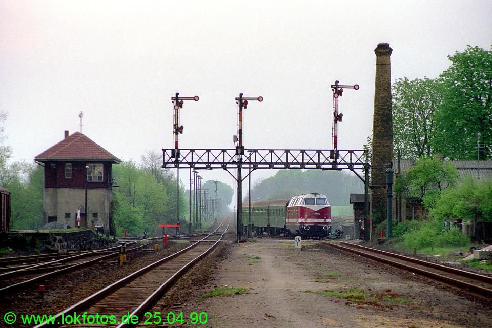 http://www.lokfotos.de/fotos/1990/0425/10138.jpg