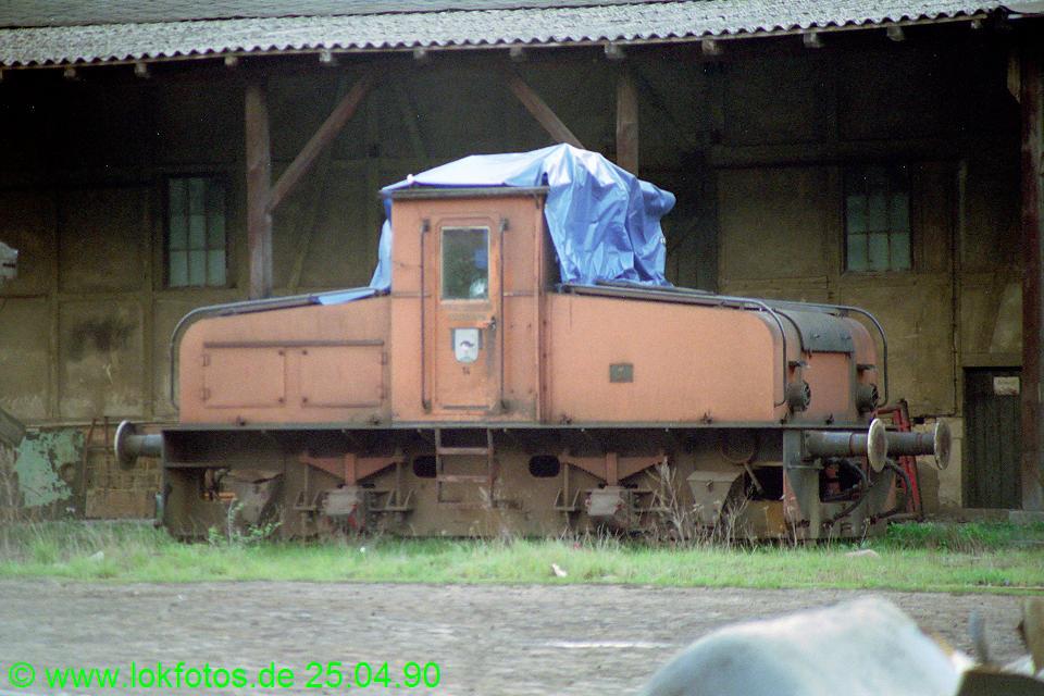 http://www.lokfotos.de/fotos/1990/0425/10147.jpg
