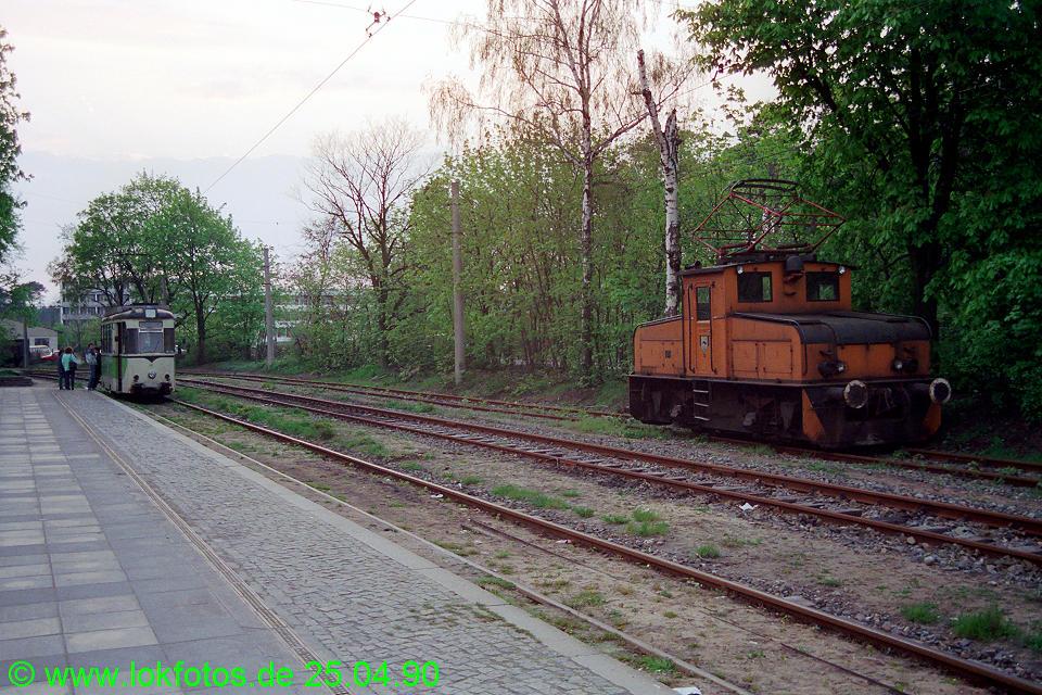 http://www.lokfotos.de/fotos/1990/0425/10153.jpg