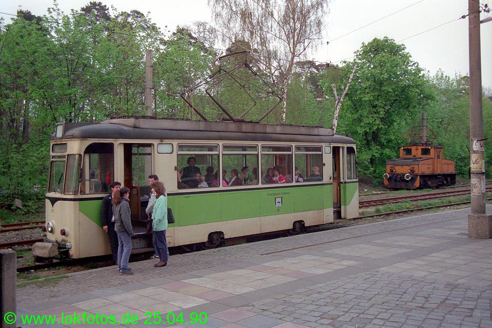 http://www.lokfotos.de/fotos/1990/0425/10154.jpg