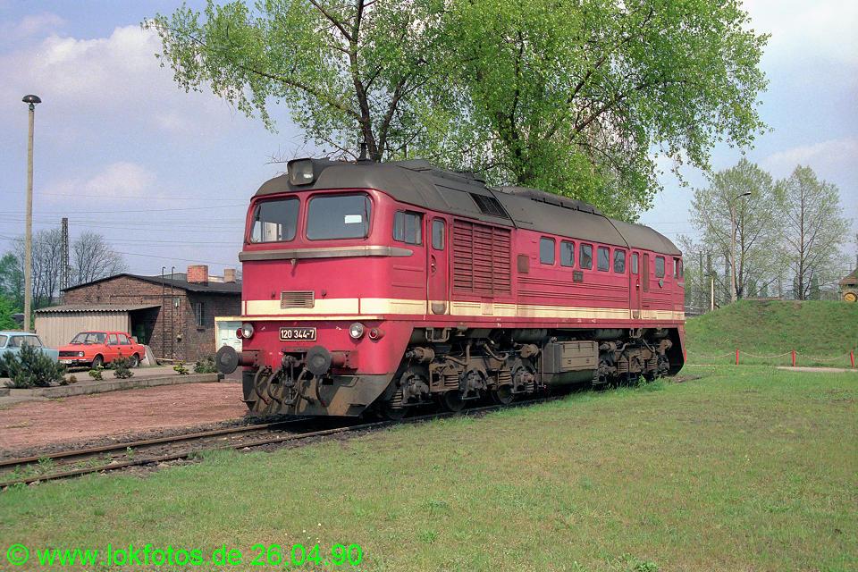 http://www.lokfotos.de/fotos/1990/0426/10190.jpg