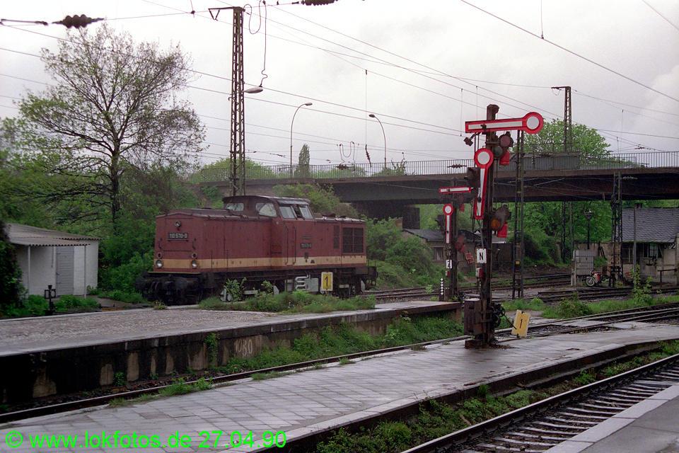 http://www.lokfotos.de/fotos/1990/0427/10202.jpg
