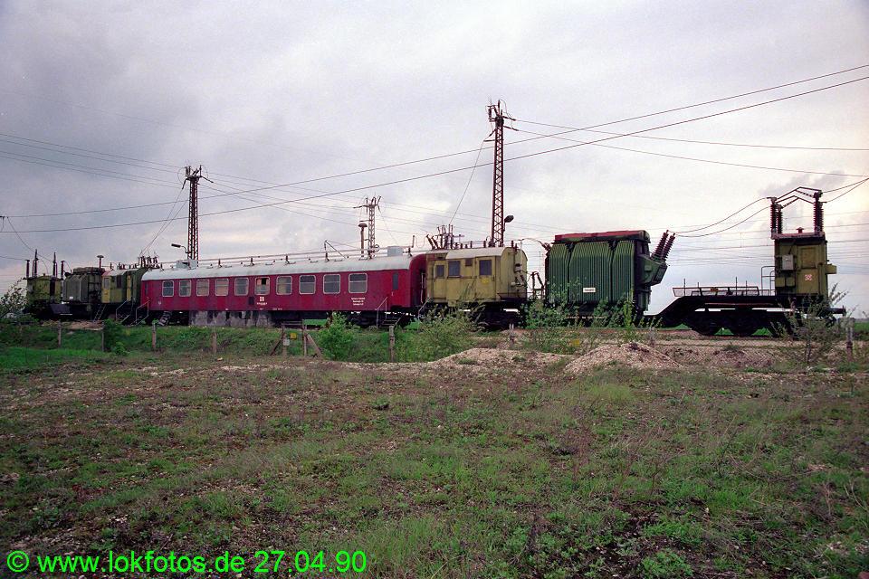 http://www.lokfotos.de/fotos/1990/0427/10215.jpg