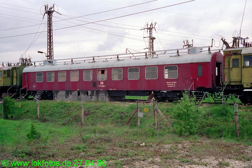http://www.lokfotos.de/fotos/1990/0427/10216.jpg