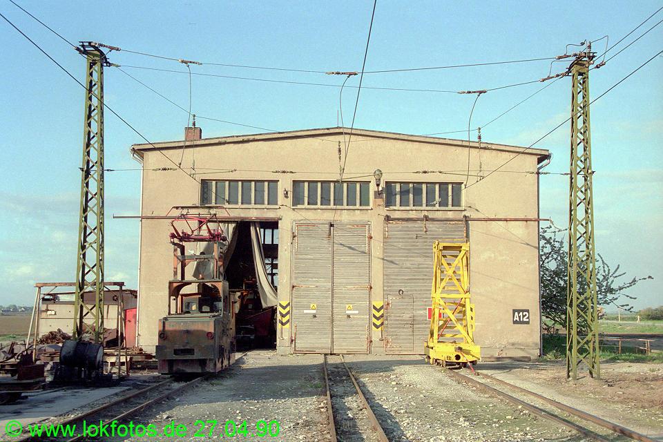 http://www.lokfotos.de/fotos/1990/0427/10235.jpg