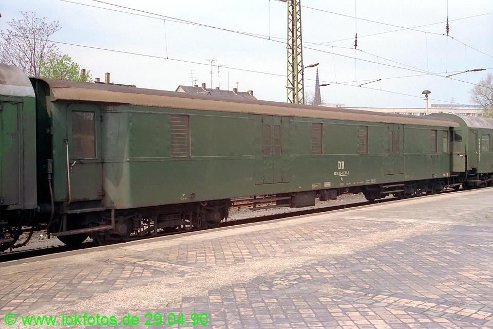 http://www.lokfotos.de/fotos/1990/0429/10263.jpg
