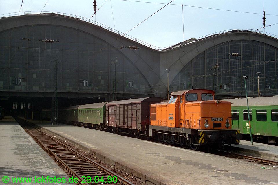 http://www.lokfotos.de/fotos/1990/0429/10269.jpg