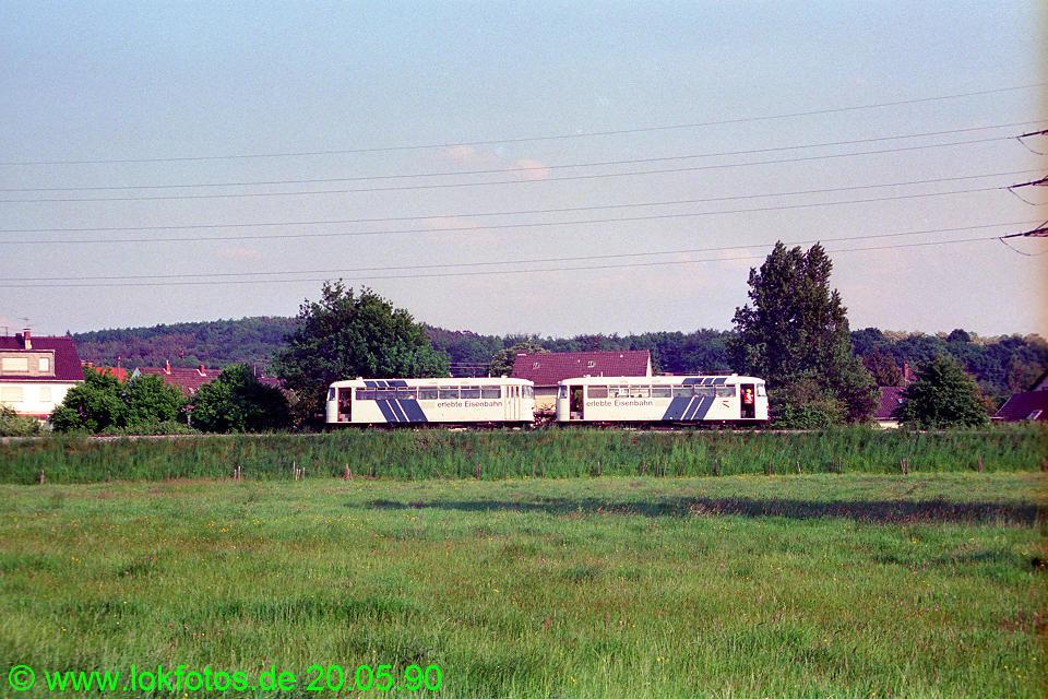 http://www.lokfotos.de/fotos/1990/0520/10297.jpg