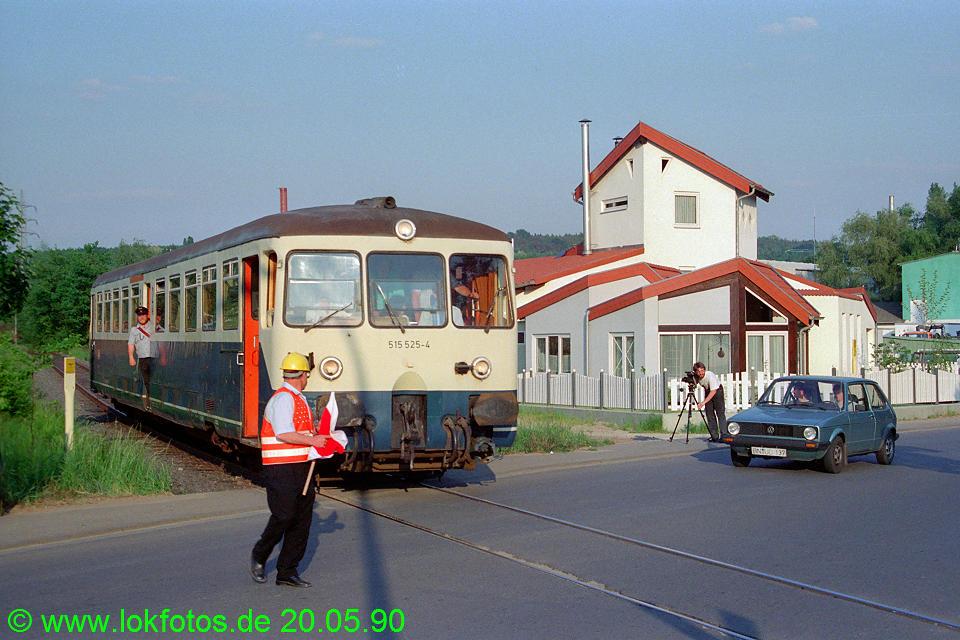 http://www.lokfotos.de/fotos/1990/0520/10301.jpg
