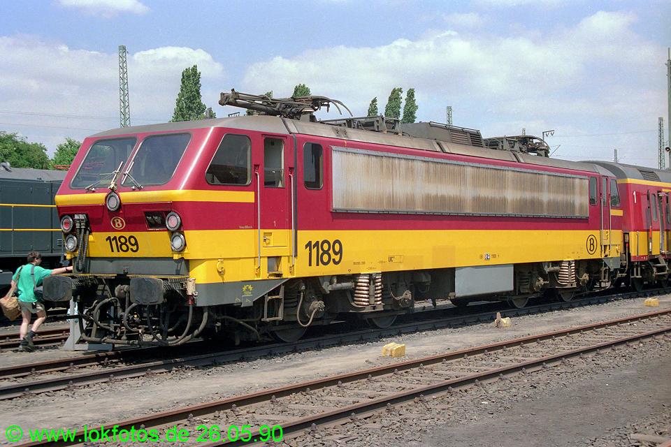 http://www.lokfotos.de/fotos/1990/0526/10333.jpg
