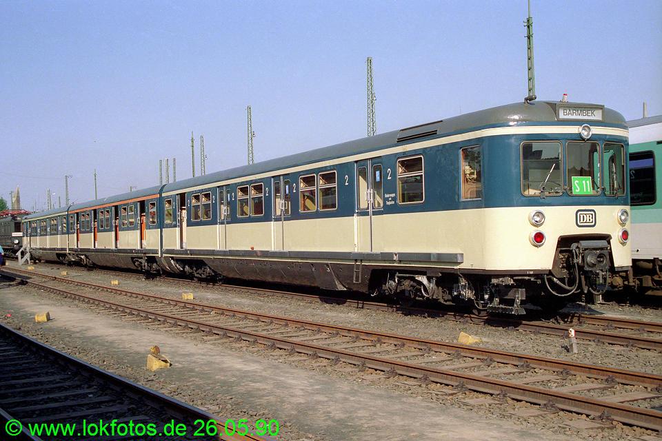 http://www.lokfotos.de/fotos/1990/0526/10367.jpg