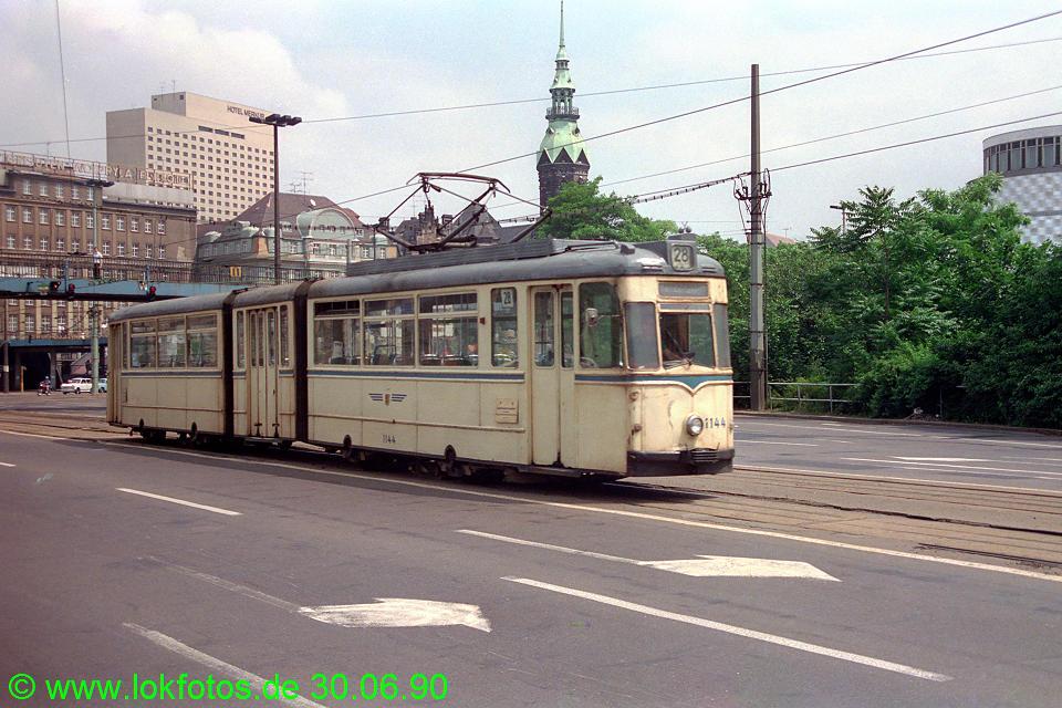 http://www.lokfotos.de/fotos/1990/0630/10444.jpg