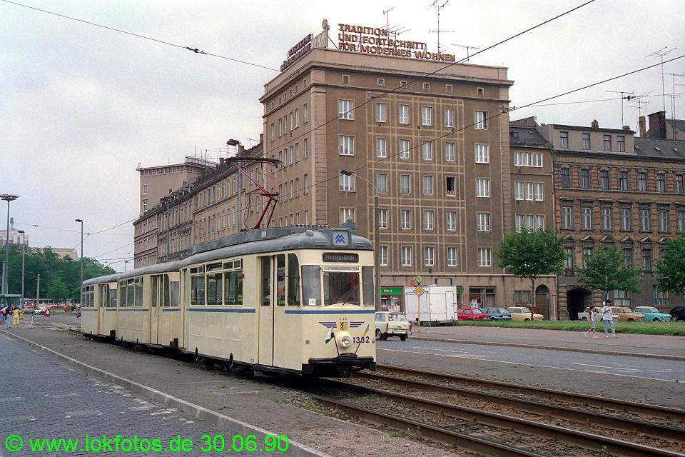 http://www.lokfotos.de/fotos/1990/0630/10447.jpg