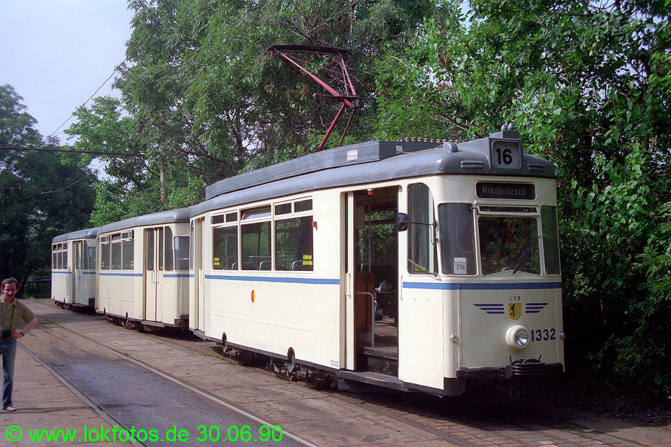 http://www.lokfotos.de/fotos/1990/0630/10465.jpg