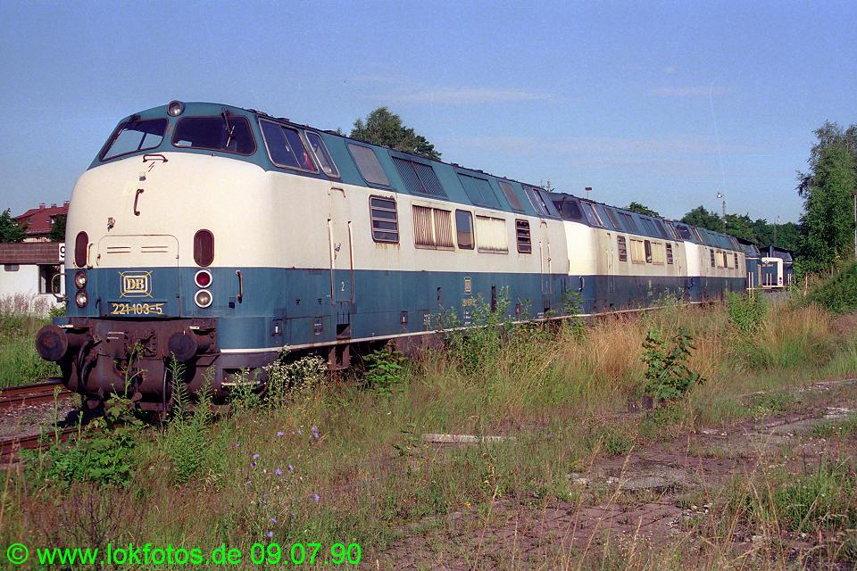 http://www.lokfotos.de/fotos/1990/0709/10529.jpg