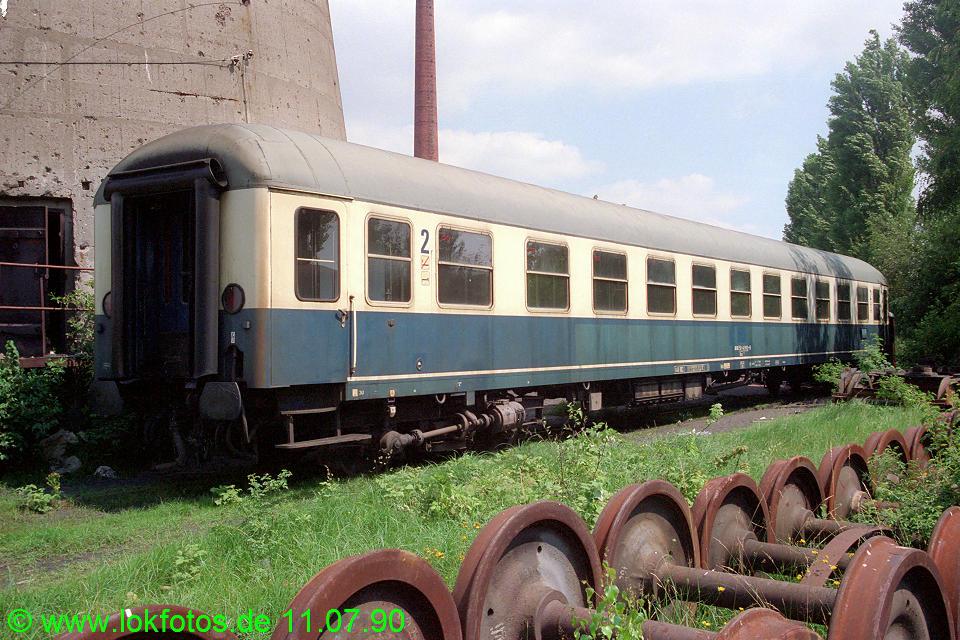 http://www.lokfotos.de/fotos/1990/0711/10640.jpg