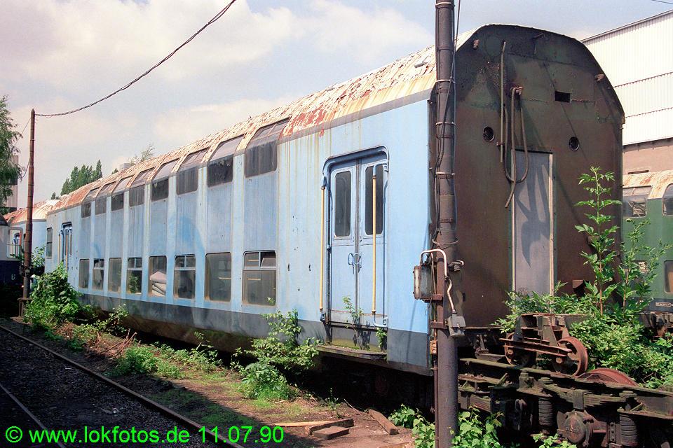 http://www.lokfotos.de/fotos/1990/0711/10647.jpg