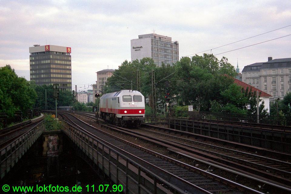 http://www.lokfotos.de/fotos/1990/0711/10657.jpg