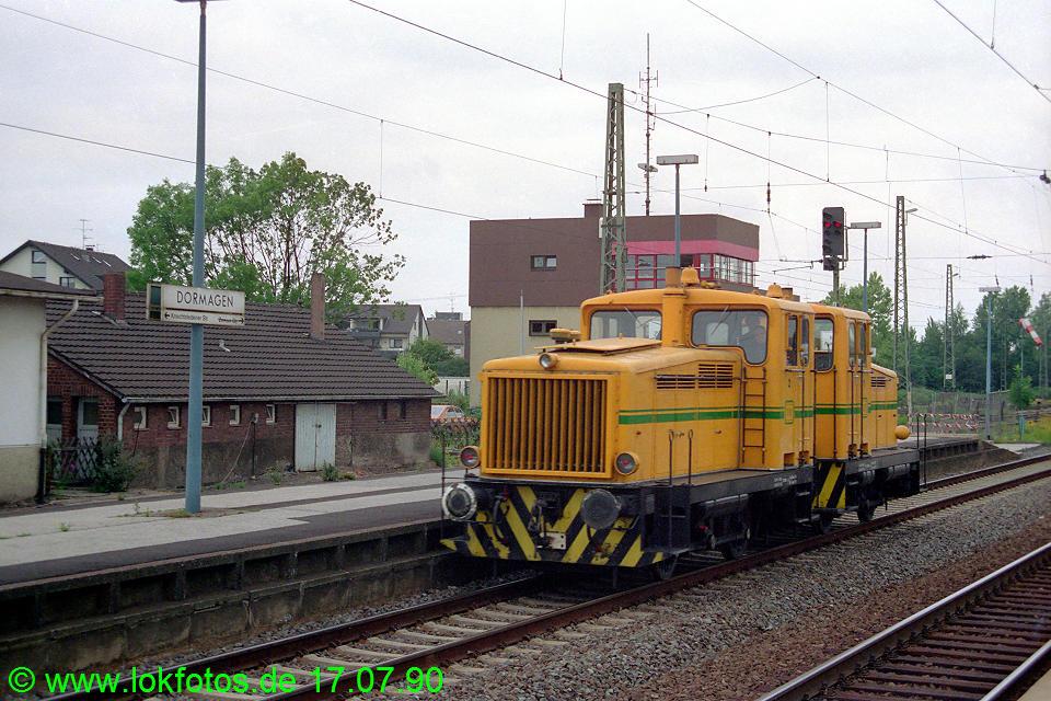 http://www.lokfotos.de/fotos/1990/0717/10809.jpg